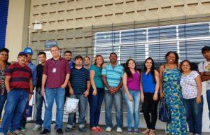 Alunos do curso de logística de almoxarifado do Colégio Virgem Poderosa visitem o Lafepe